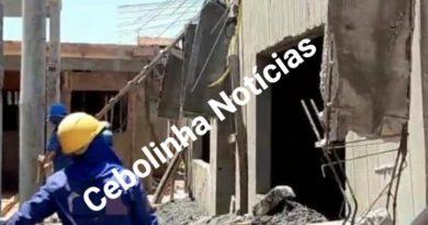 BARREIRAS-BA: Laje desaba em construção de uma creche no bairro Vila Rica.