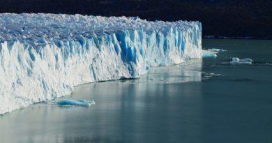 Temperatura dos oceanos cresce 450% nas últimas 6 décadas e bate terceiro recorde consecutivo em 2019, diz estudo.