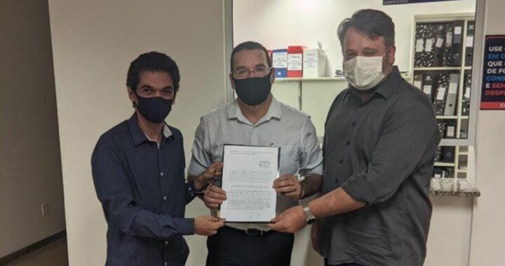 LEM: Justiça proíbe prisão de baianos pela PM por causa de comércio aberto